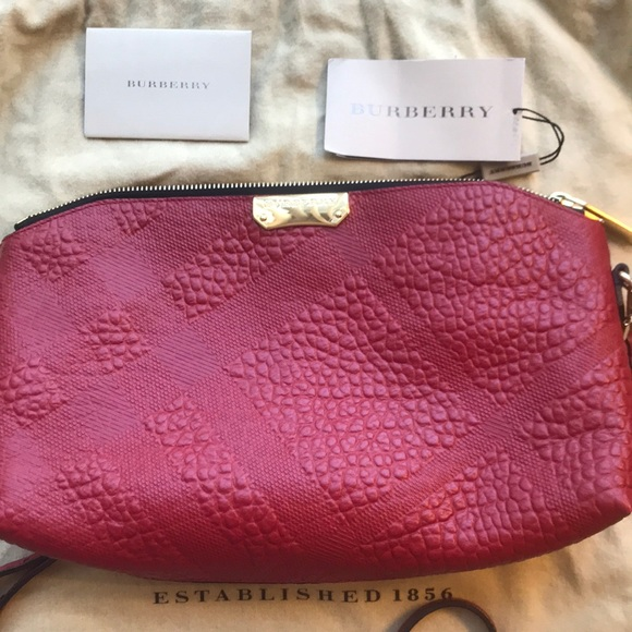 d0fa45297c90 Military Red Burberry handbag